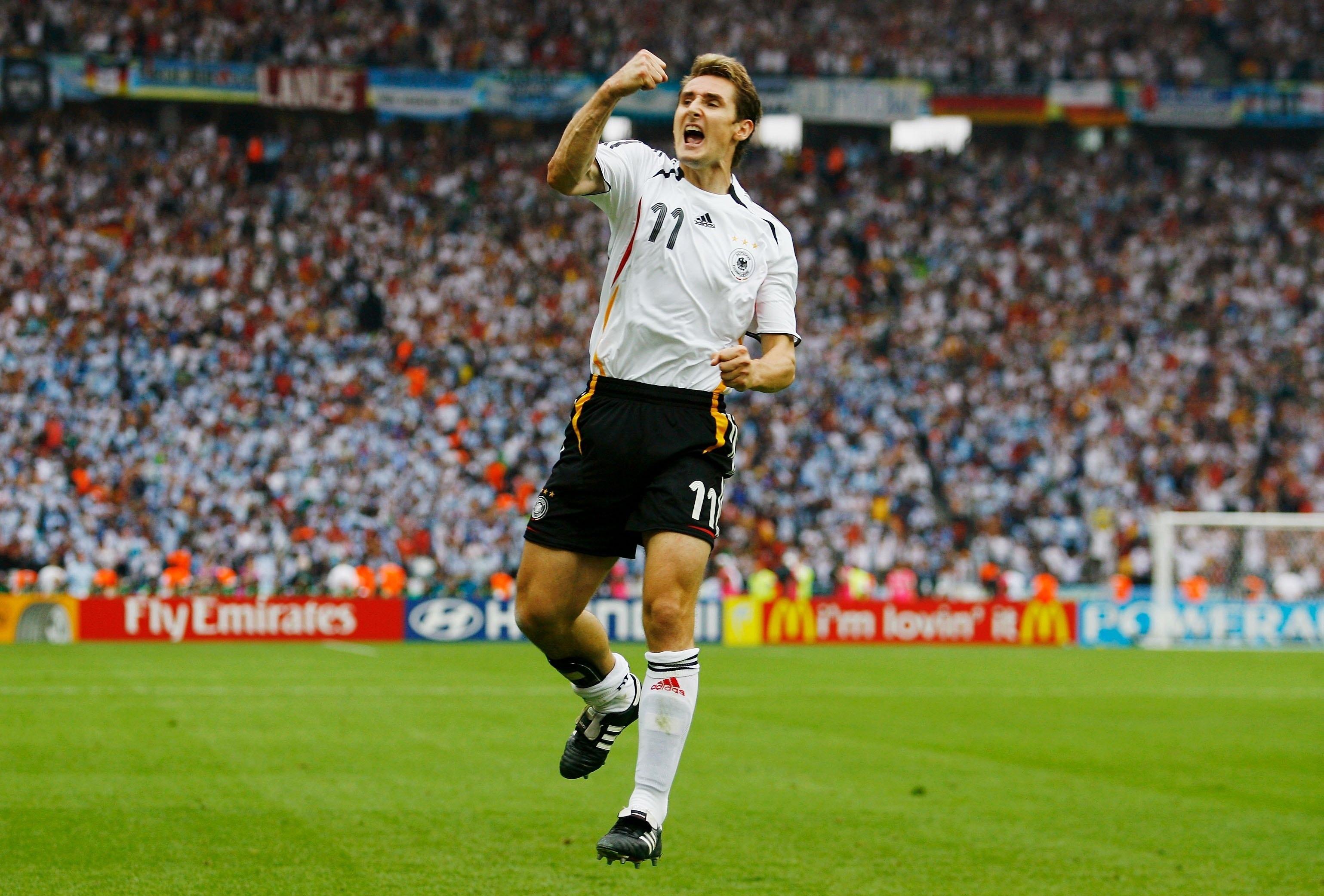Miroslav Klose Wallpapers - Digital HD Photos